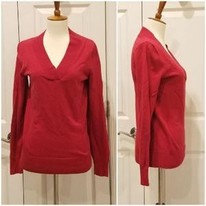 3/$20 GAP Red V-Neck Sweater RB3-33